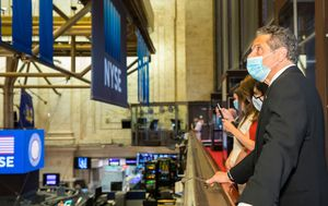 Coronavirus: New York Stock Exchange reopens