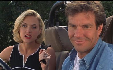 Elaine Hendrix and Dennis Quaid starred together in The Parent Trap.