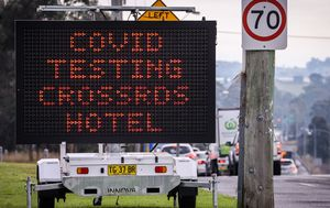 Coronavirus: Sydney's Crossroads Hotel outbreak cases jump to nine