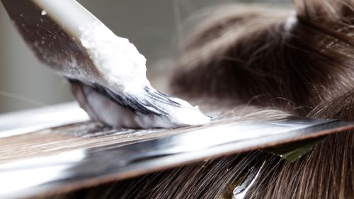 A London surgeon has found a possible link between hair dye and breast cancer. (Getty)