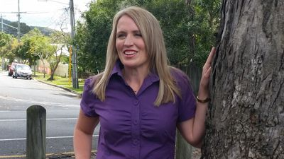Kate Jones, a former minister in Anna Bligh's government, is contesting her old seat of Ashgrove. She hopes to oust the premier Mr Newman in the hotly contested seat. (AAP)