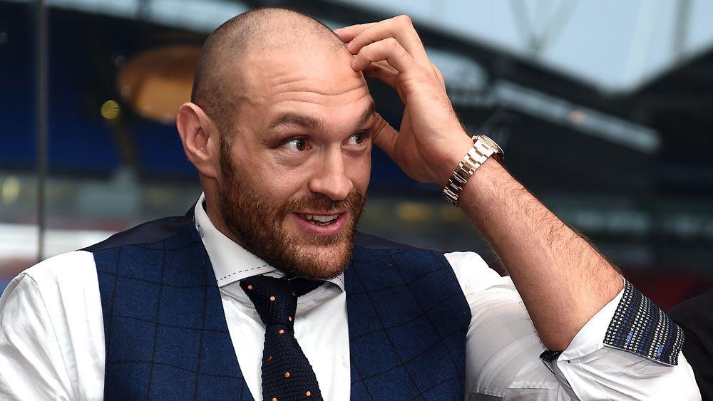 Fury apologises as Murray wins BBC award