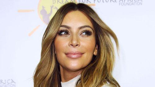 Kim Kardashian to publish 352-page book of selfies
