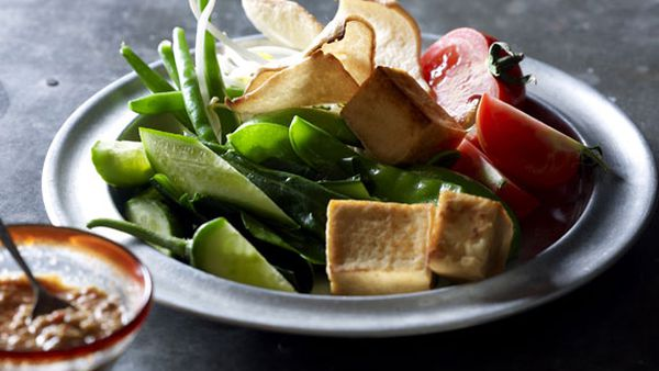 Janet DeNeefe's gado gado (vegetables in peanut sauce)