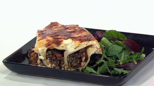 Spinach, lentil and mushroom canneloni