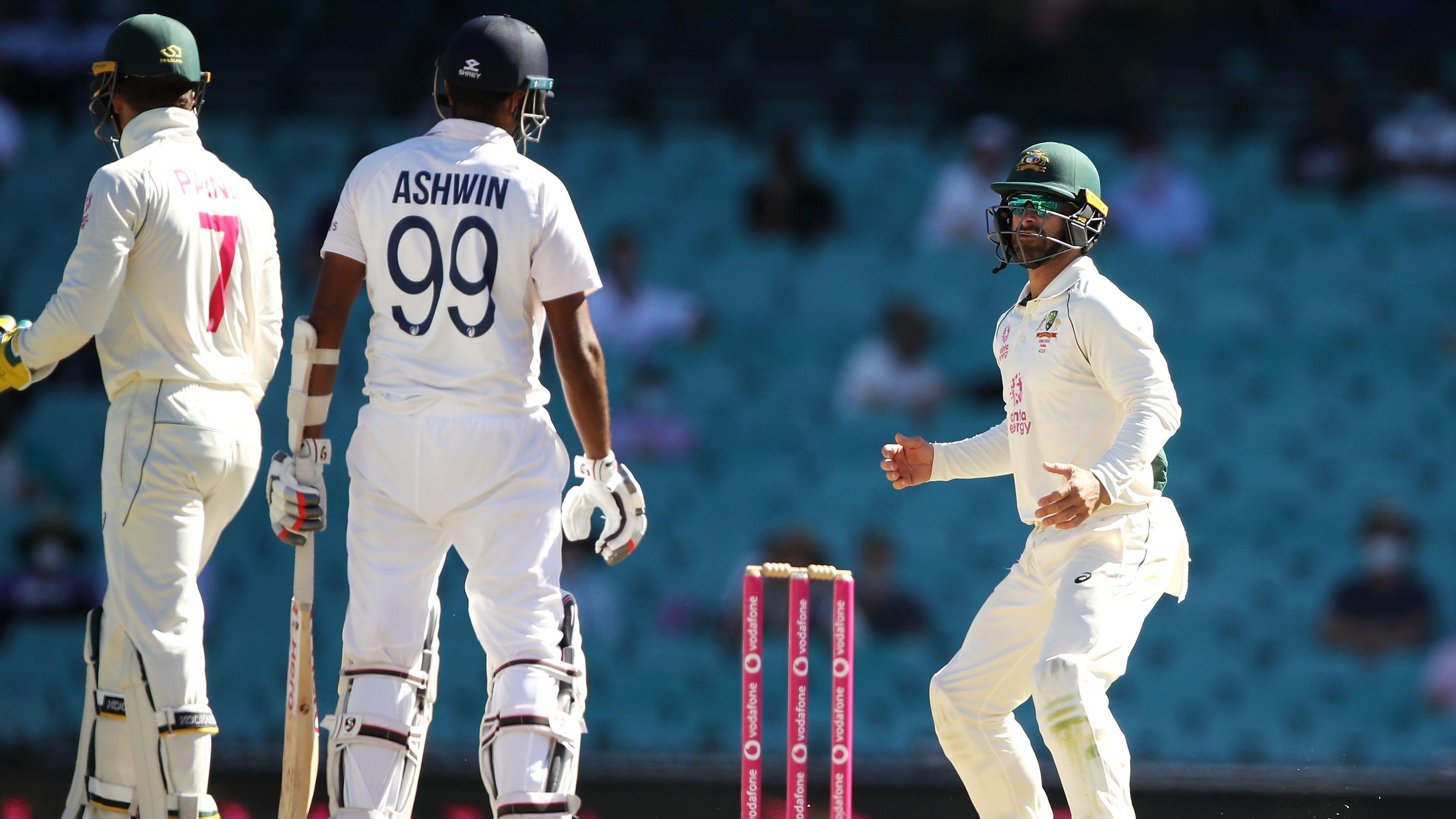 Mark Reason: Australia's cricket team loses honour in shameful short bowling assault on India