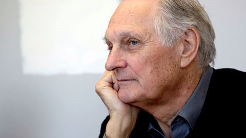 Alan Alda Announces He Has Parkinson's Disease
