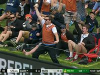 NZ fan wins $50k with superb one handed catch