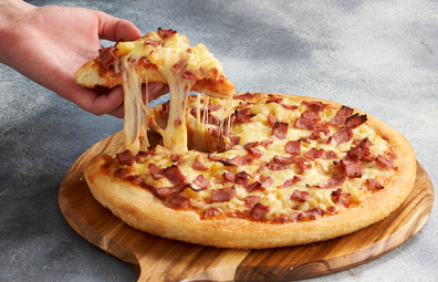 Pizza Hut Hawaiian pizza