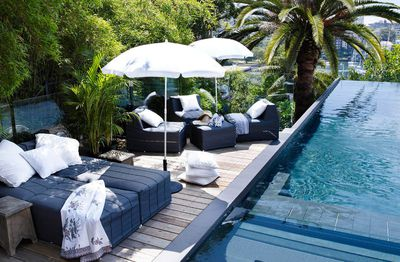 """<a href=""""http://contemporaryhotels.com.au/accommodation/sydney/la-piscine/"""" target=""""_blank""""><strong>La Piscine, Rushcutters Bay, NSW</strong></a>"""