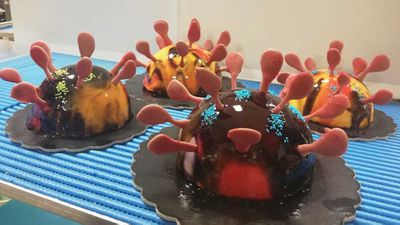 Gelateria Infinito in Italy make COVID-19 cakes