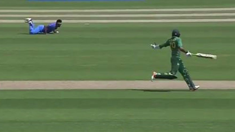 Pakistan batsman Azhar Ali run out in comical fashion against India in Champions Trophy final