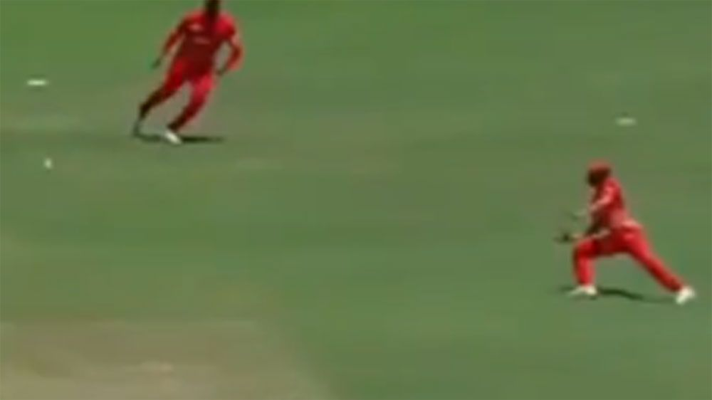 Musakanda catch strikingly smiliar to Steve Smith ODI grab against New Zealand