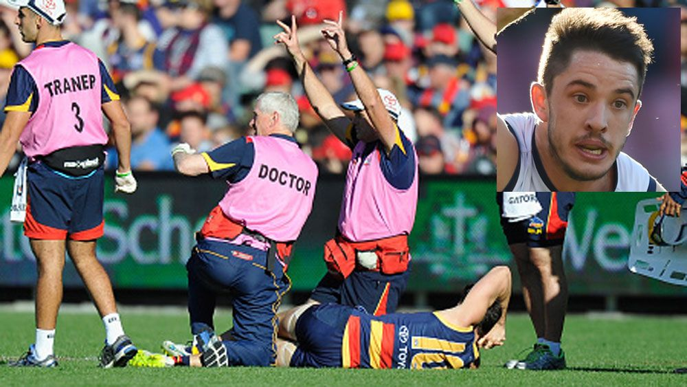 Matthew Jaensch (main) lying on the turf after injuring his knee in 2015.(Getty and AAP)