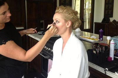 @katherineheigl: Getting red carpet ready. #Emmys