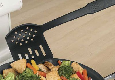 Spatula spoon strainer
