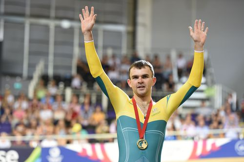 Jack Bobridge after receiving his gold medal for winning the men's 4000m at the Commonwealth Games in 2014.