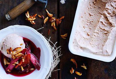 Roast rhubarb ice-cream