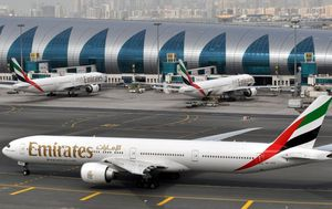 Emirates resumes flights to Australia, stresses strict virus measures for travellers