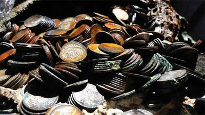 <p>Deep Ocean Search claims to have set a world record by recovering several tons of silver from a depth of 5.15km </p>