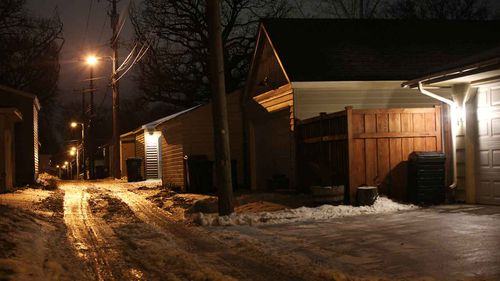 Justine Ruszczyk was shot dead in this alleyway in Minneapolis.