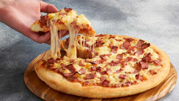 Pizza Hut Hawaiian pizza
