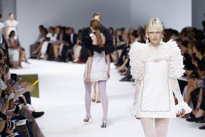 <p>Legging it</p> <p>Giambattista Valli, haute couture autumn/winter, '16/'17, Paris Fashion Week</p>