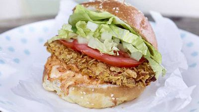 "<a href=""http://kitchen.nine.com.au/2016/05/20/10/14/corn-flakes-chicken-burger"" target=""_top"" draggable=""false"">Corn Flakes chicken burger</a> recipe"