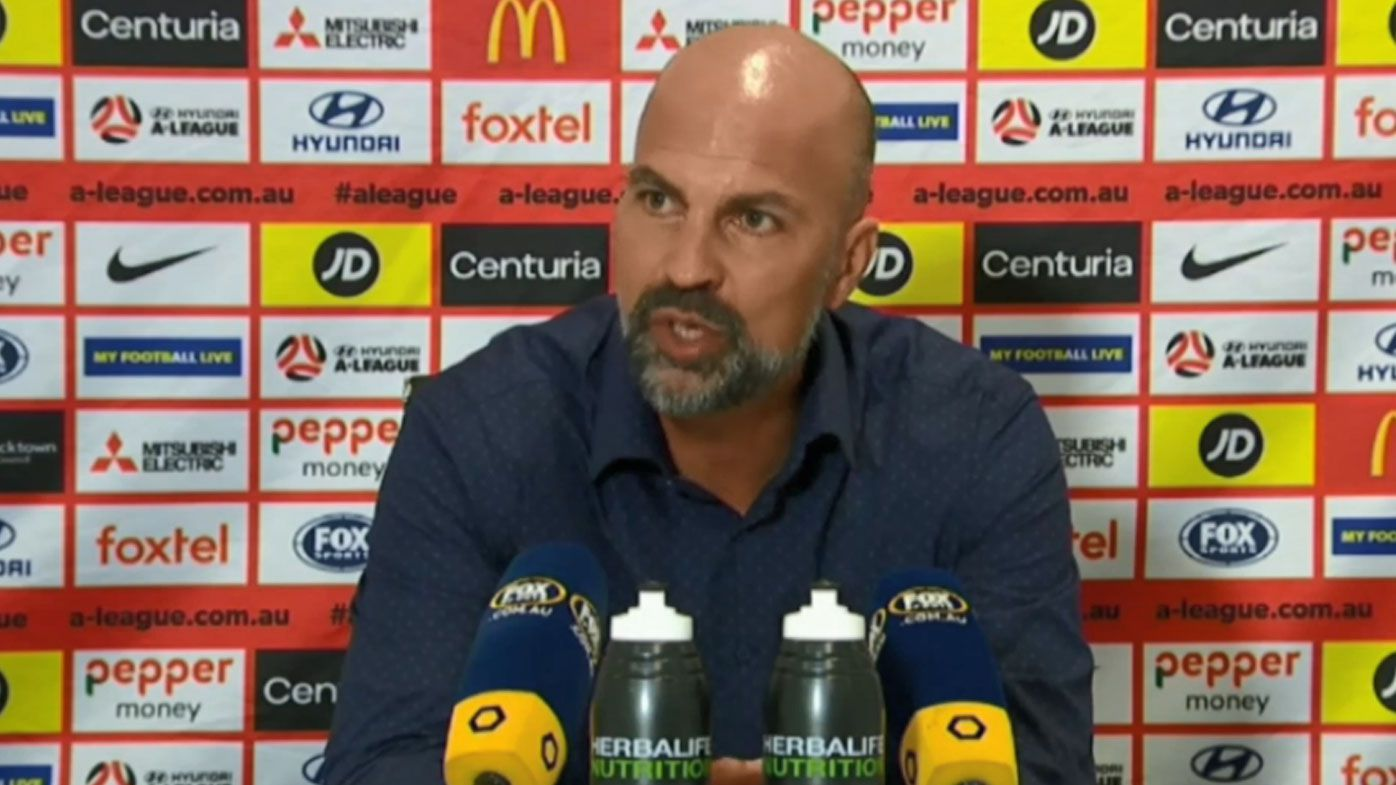 Western Sydney Wanderers coach snaps at media over controversial penalty