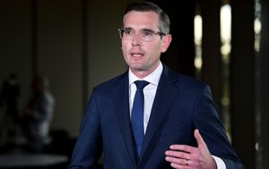 NSW government to spend $47 million on school-based nurses, with focus on mental health