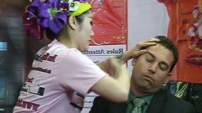 <strong>Thai face slap massage</strong>