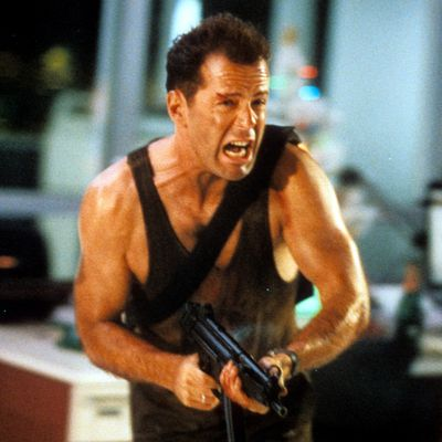 <strong>Die Hard (1988)</strong>