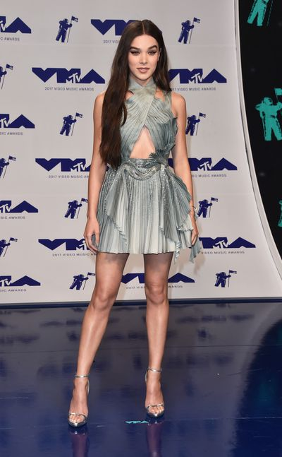 <p>WIN</p> <p>Hailee Steinfeld  in Versace at the MTV VMAs in LA on August 29.</p> <p>Even with the legs and midriff on display this dress looks like evening armour. All hail the conquering heroine.<br /> <br /> </p>