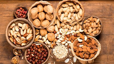 20g of nuts a day keeps the doctor away