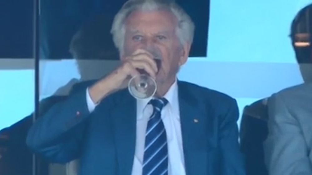 Ashes: Former Prime Minister Bob Hawke skolls beer at the fifth Test at the SCG