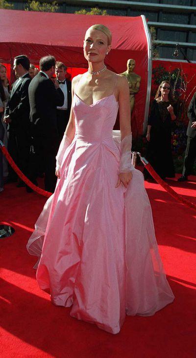 Gwyneth Paltrow at the 71st Annual Academy Awards<em></em>