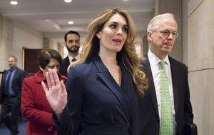 White House communications director Hope Hicks resigns