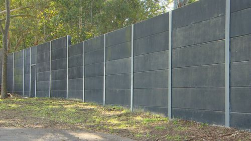 The McFadyens want a noise-reducing fence similar to those found in city areas.