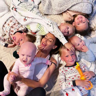 Hilaria Baldwin and Alec Baldwin: 6 kids