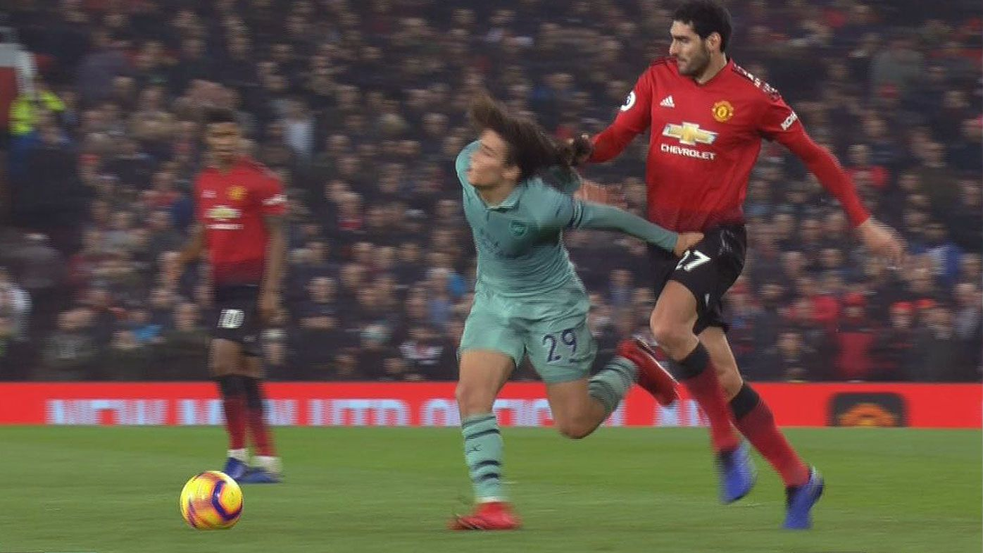 EPL: Man Utd's Marouane Fellaini under fire for pulling Arsenal's Matteo Guendouzi's hair