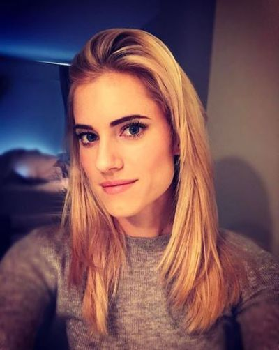 Girls actress Allison Williams's blonde locks are the perfect hue for those wanting a more natural, subtle honey hue.