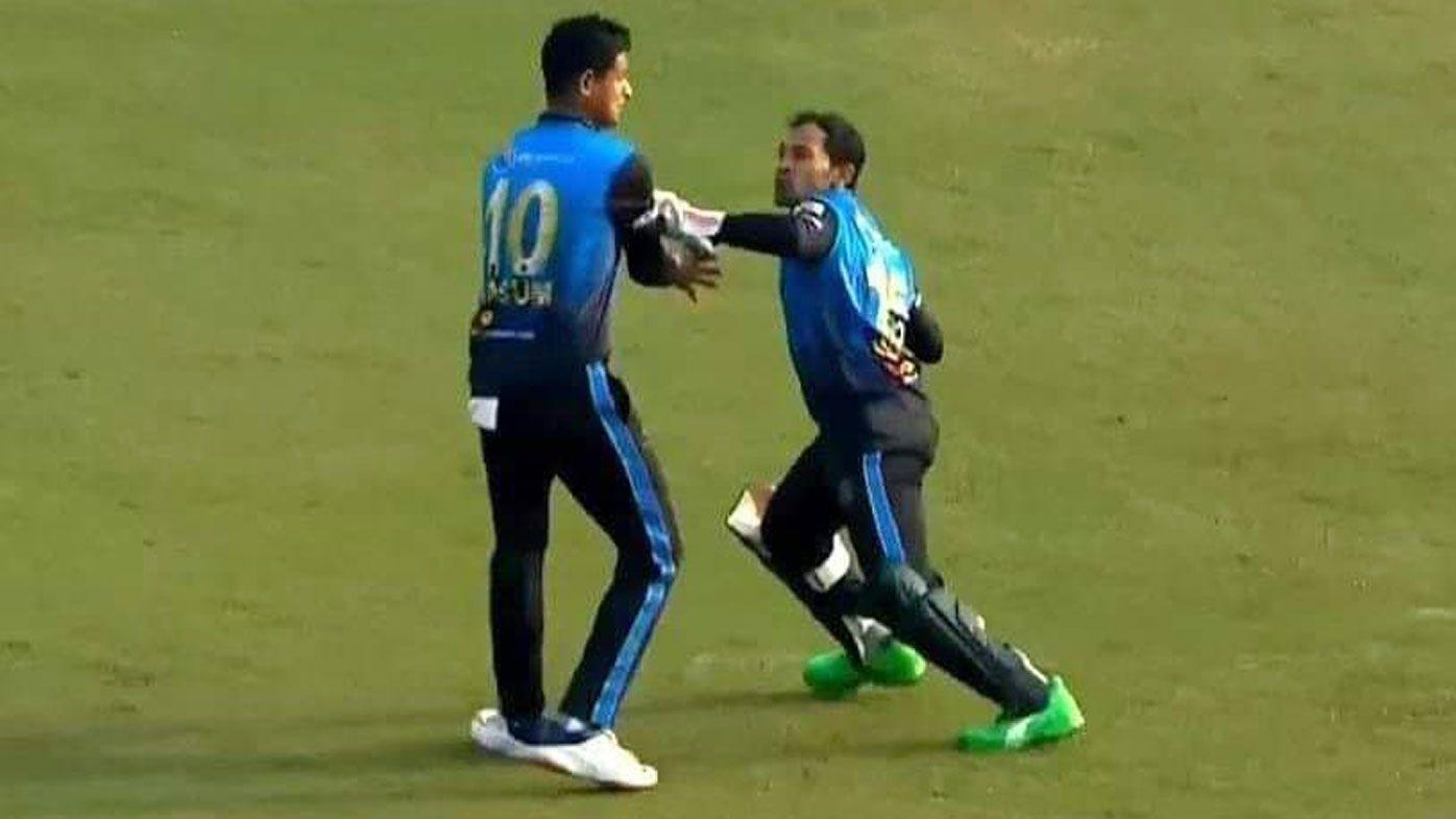 Mushfiqur Rahim nearly strikes teammate Nasum Ahmed. (Twitter)