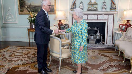 Republican Malcolm Turnbull meets Queen Elizabeth in London