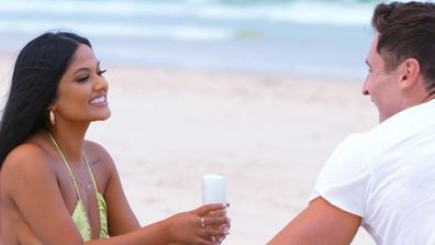 Ari and Mitch go on a date on Love Island Australia 2021.