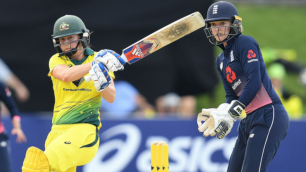 Aussies flog England to build Ashes lead