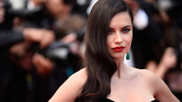 VS Angel Adriana Lima says it's time we stopped comparing ourselves to others. Image: Getty.
