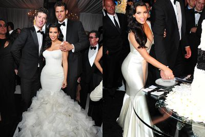 For the first dance, Kim wore a georgette mermaid gown with more Chantilly lace on the bodice and hand-cut organza petals on the dress. The final number took inspiration from Old Hollywood with bias cut crepe satin gown with V-0neck and circle skirt. All Vera Wang of course… with a price tag of $40,000 for both gowns! Not that Kim paid...<br/><br/>Images: Snapper