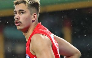 Sydney Swans player Elijah Taylor pleads guilty to assaulting ex-girlfriend