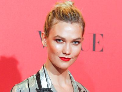 Karlie Kloss to replace Heidi Klum on 'Project Runway'<br /> <br />