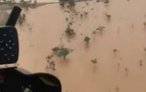 Helicopter video shows scale of drenching outback rains near Longreach